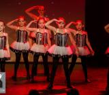 2016-12-18_A Christmas Vacation_Dansatelier Den Haag_show 1_X-Noize.nl-30