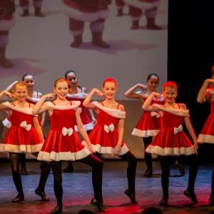 2016-12-18_A Christmas Vacation_Dansatelier Den Haag_show 1_X-Noize.nl-70