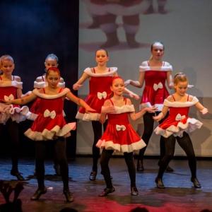 2016-12-18_A Christmas Vacation_Dansatelier Den Haag_show 1_X-Noize.nl-71