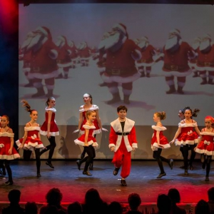 2016-12-18_A Christmas Vacation_Dansatelier Den Haag_show 1_X-Noize.nl-74