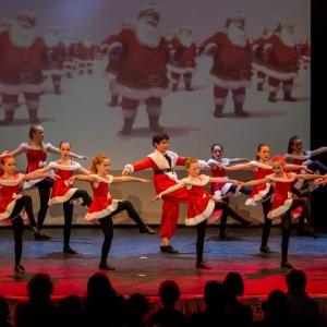 2016-12-18_A Christmas Vacation_Dansatelier Den Haag_show 1_X-Noize.nl-78