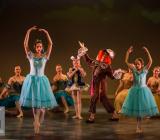 13 Alice in Wonderland Movie Tributes Het Dansatelier by X-Noize-133-LR