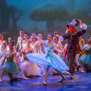 13 Alice in Wonderland Movie Tributes Het Dansatelier by X-Noize-47-LR