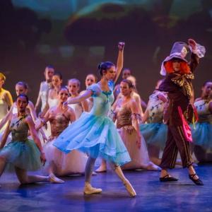 13 Alice in Wonderland Movie Tributes Het Dansatelier by X-Noize-48-LR