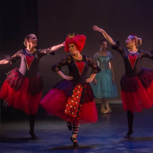 13 Alice in Wonderland Movie Tributes Het Dansatelier by X-Noize-58-LR